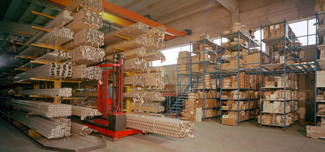 Cantilever industriali metallici (produzione e montaggio) - Brescia